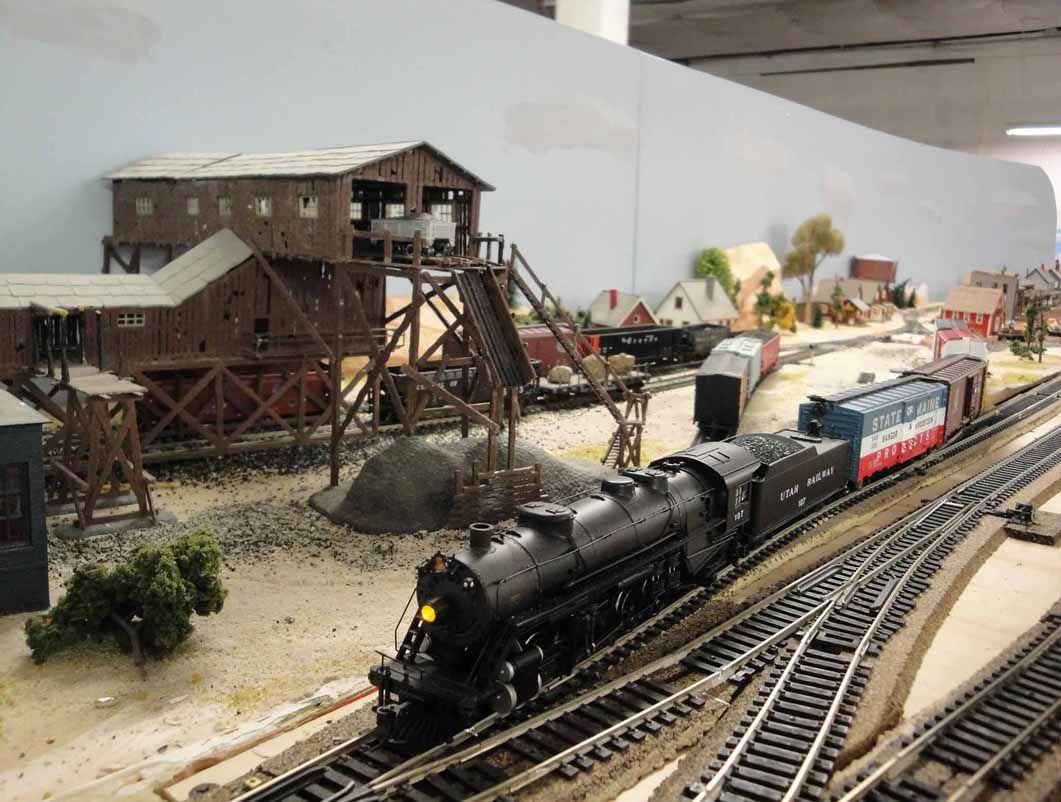 Model Train 03